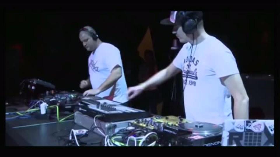 TOP STAR - DJ Roxtar