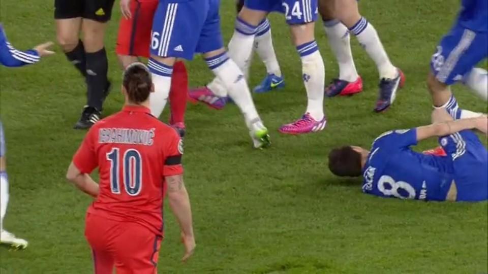 Červená karta - Ibrahimovic 31 (11.3.2015)