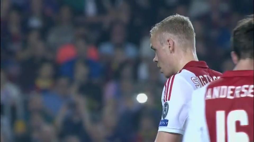 Sestřih zápasu - Barcelona v Ajax (21.10.2014)