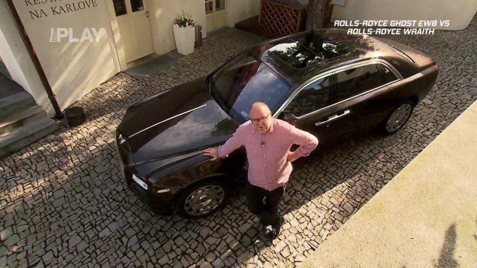 Rolls-Royce Ghost EWB vs Rolls-Royce Wraith