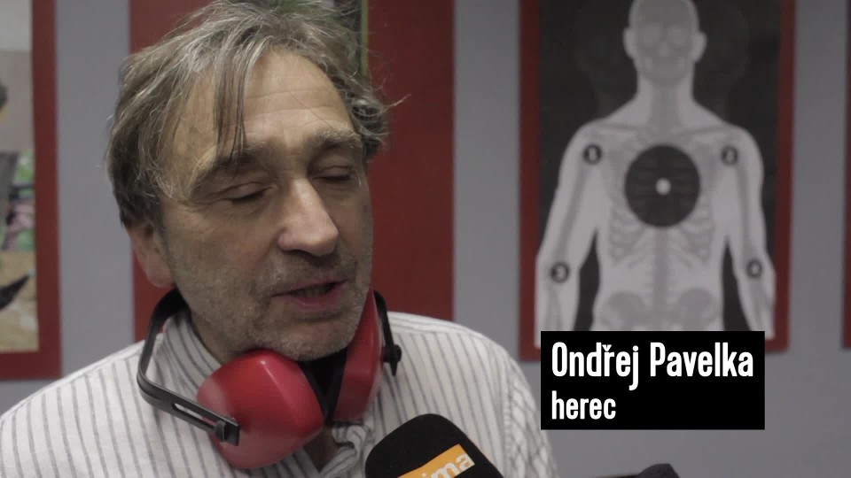 Polda II - herec Ondřej Pavelka na střelnici