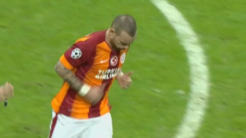 Gól - Sneijder 88 (09.12.2014)