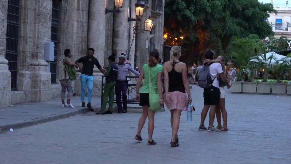 Cestovat časem je tak snadné - leťte na Kubu