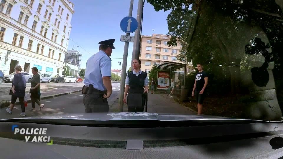 Napadená revizorka - Policie v akci