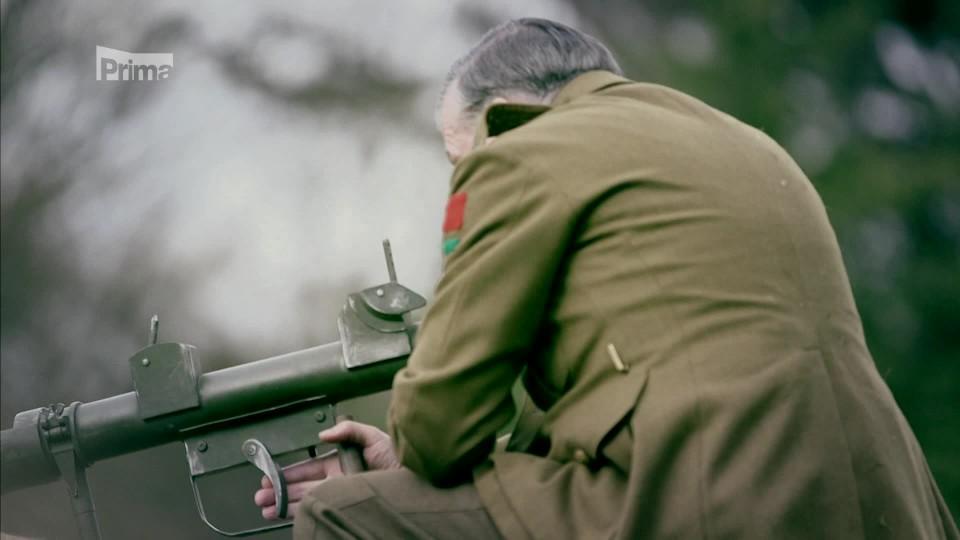 Churchillovy tajné zbraně-PIAT