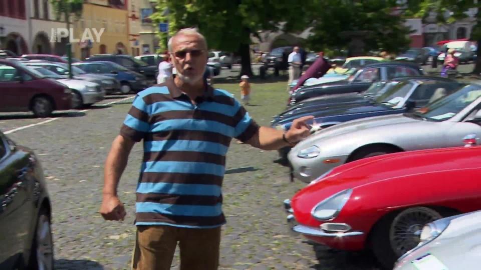 50 let Jaguar E-Type 3/4